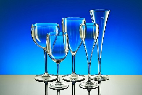 Reusable plastic glasses for wine & champagne
