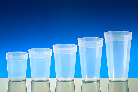 Reusable cups, transparent with rim